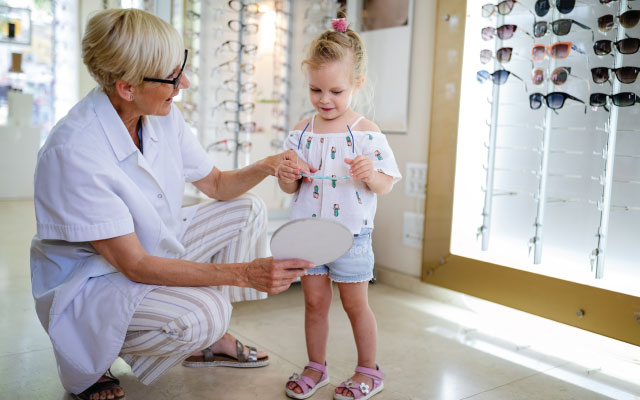 careers at an optometry office